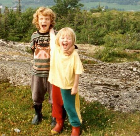 For det første, så var jeg en dritkul unge. 1996. SJEKK DEN JOGGEBUKSA