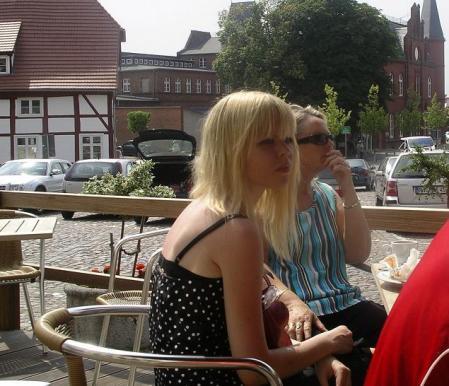 På ferie i Tyskland, Juli 2005. Solbleket hår!